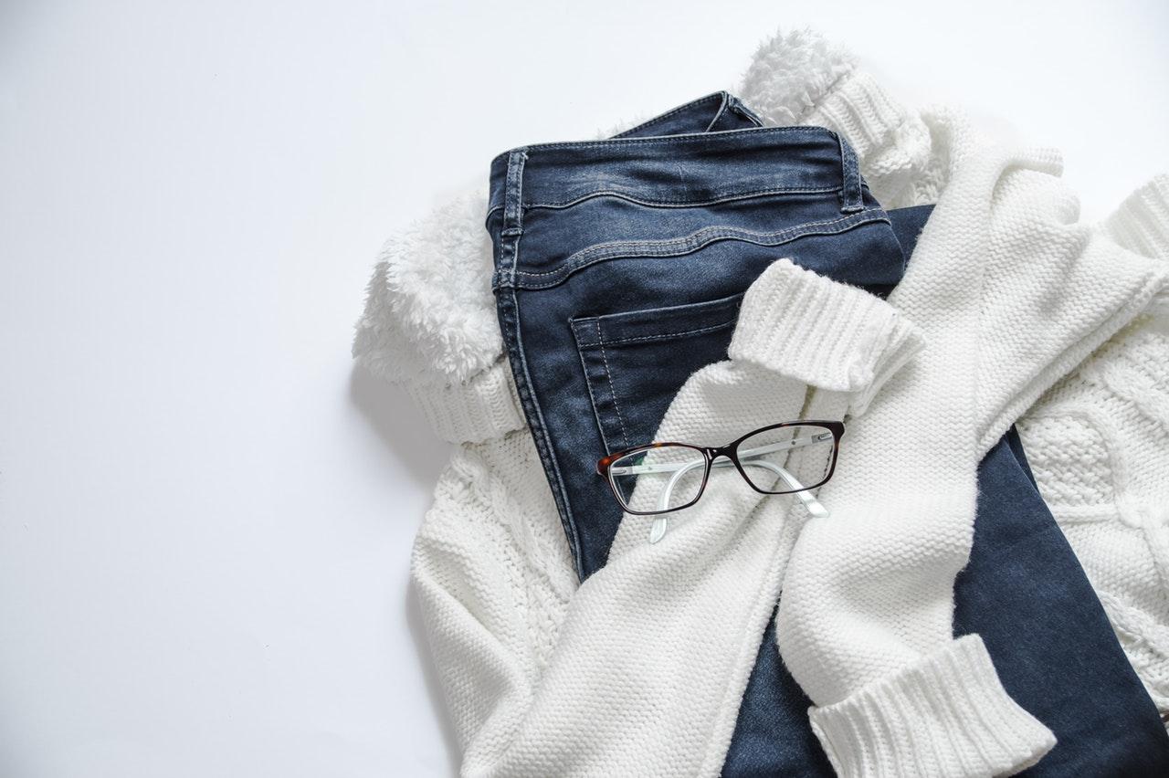 Nowy wymiar prasowania – poznaj zalety parownicy do ubrań